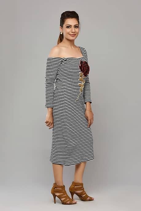 SAI 38 L-Shaped Neckline Dress(White & Black)